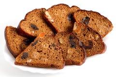 De plakken van fruitbrood liggen op een plaat Royalty-vrije Stock Fotografie