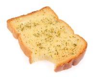 De plakken van het toostbrood in stroken in metaalpot Stock Afbeelding