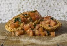 De plakken van het toostbrood in stroken in metaalpot Royalty-vrije Stock Foto