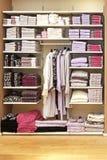 De plank van handdoeken royalty-vrije stock afbeelding