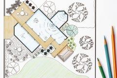 De plannen van de het ontwerptuin van de landschapsarchitect voor binnenplaats Stock Foto