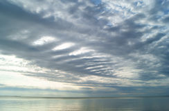 Zonsondergang in de wolken Royalty-vrije Stock Afbeeldingen