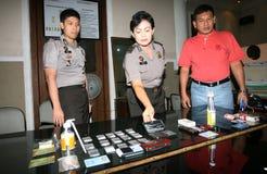 De politie toont een drug royalty-vrije stock foto's