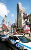 De politie van New York en tijdenvierkant Royalty-vrije Stock Foto's