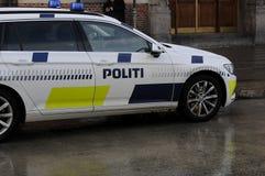 DE POLITIEWAGEN VAN POLITI BIL _DANISH stock foto's