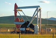 De pomp van de olie in praires Stock Foto