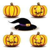 De pompoenen en de hoed van Halloween Stock Fotografie