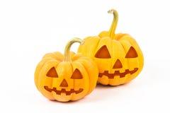 De pompoenen van Halloween op witte achtergrond Royalty-vrije Stock Afbeeldingen