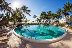 De pool van de luxetoevlucht Stock Foto