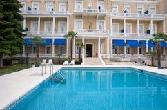 De pool van het hotel   Royalty-vrije Stock Afbeeldingen