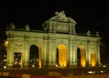 De poort van Alcala bij nacht in Madrid Royalty-vrije Stock Afbeelding