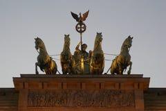De poort van Brandenburg in Berlijn Stock Afbeeldingen