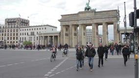 De Poort van Brandenburg in Berlijn, Duitsland stock videobeelden