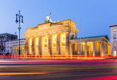 De Poort van Brandenburg (Brandenburger-Piek), Berlijn Stock Afbeeldingen