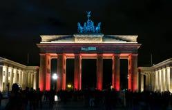 De Poort van Brandenburg. Nacht. Stock Foto