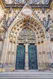 De poort van heilige Vitus Cathedral, Praag, Tsjechische Republiek Stock Foto