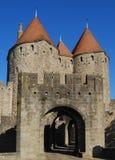 De poort van het kasteel, Carcassonne Stock Foto