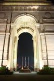De Poort van India - Nationaal Monument van India bij Nacht stock fotografie