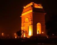 De poort van India, New Delhi bij nacht Royalty-vrije Stock Afbeelding