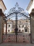 De poorten van het metaalsmeedijzer Royalty-vrije Stock Fotografie