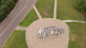 De poorten van de zon worden gemaakt van stenen stock video
