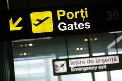 De poortteken van de luchthaven stock foto's