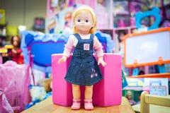 De pop van het stuk speelgoed in een opslag Royalty-vrije Stock Foto
