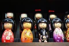 De poppen van Kokeshi stock foto's