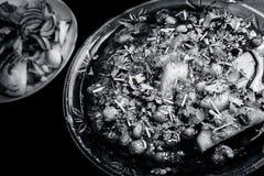 De populaire schotel van keemamasala in een glasplaat Stock Afbeelding