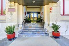 De portiek van de woningbouwingang Royalty-vrije Stock Foto