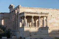 De Portiek van de Kariatiden in Erechtheion bij Akropolis van Athene, Attica, Griekenland stock foto