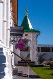 De portiek van de Kerk van het Vernicle-Beeld in Tolga Monastery stock afbeeldingen