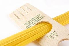 De porties van de spaghetti stock foto's