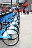 De post van de fietshuur in Chicago van de binnenstad Stock Afbeeldingen