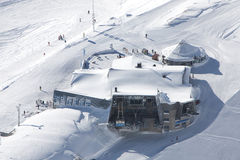 De post van de kabelbaan in alpen Royalty-vrije Stock Foto