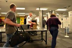 De post van de luchthavenveiligheid Stock Afbeelding
