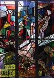 11de Posten van het Kruis, Kruisiging: Jesus wordt genageld aan het kruis Stock Afbeeldingen