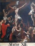 12de Posten van het Kruis, de matrijzen van Jesus op het kruis Royalty-vrije Stock Foto's