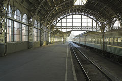 De postplatform van de spoorweg Royalty-vrije Stock Afbeelding