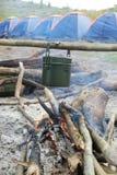 De pot en de tenten van de dooskantine Stock Foto