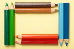 De potloden die van de kleur een rechthoekframe vormen Royalty-vrije Stock Afbeelding