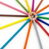 De potloden van de kleur die op witte achtergrond worden geïsoleerdu Royalty-vrije Stock Fotografie