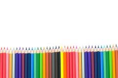 De potloden van de kleur die op witte achtergrond worden geïsoleerdu Royalty-vrije Stock Foto