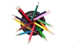 De potloden van de kleur in een zwarte houder Royalty-vrije Stock Afbeelding