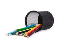 De potloden van de kleur in een zwarte houder Royalty-vrije Stock Foto