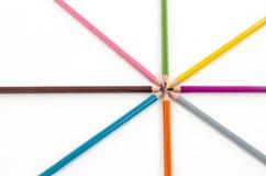 De potloden van de kleur op witte achtergrond Royalty-vrije Stock Foto