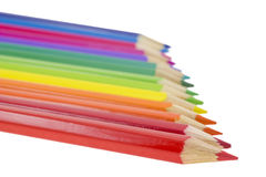 De potloden van de kleur van kleuren van een regenboog. Stock Afbeeldingen