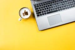 De pouce photo - sur le café Photos libres de droits