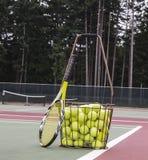De Praktijk van het tennis Stock Afbeeldingen