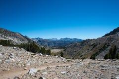 De prata passe sobre John Muir Trail Foto de Stock